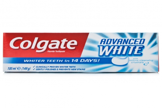 How do Whitening Toothpastes Work?
